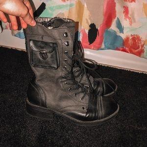 Combat Boots 🖤🤍🖤🤍